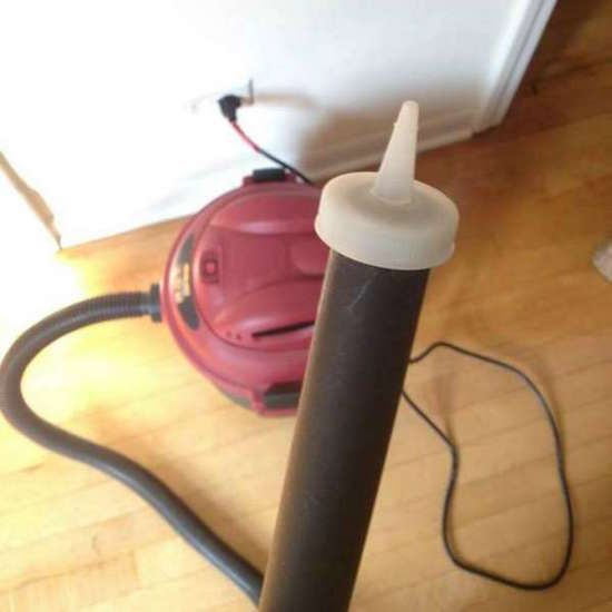 nettoyez votre clavier avec un aspirateur