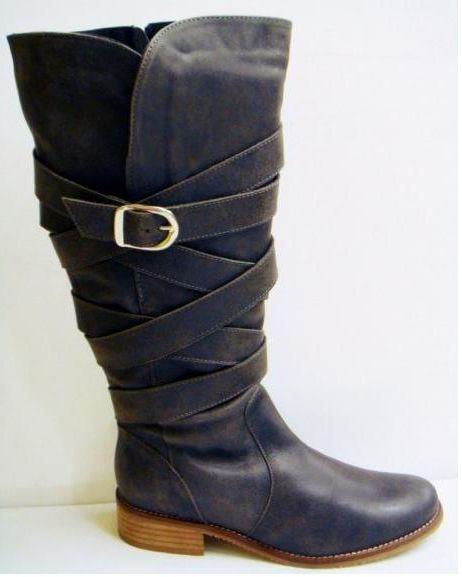 No te suelen dar las botas de caña? pues aqui tenemos de caña ancha www.womanxl.net