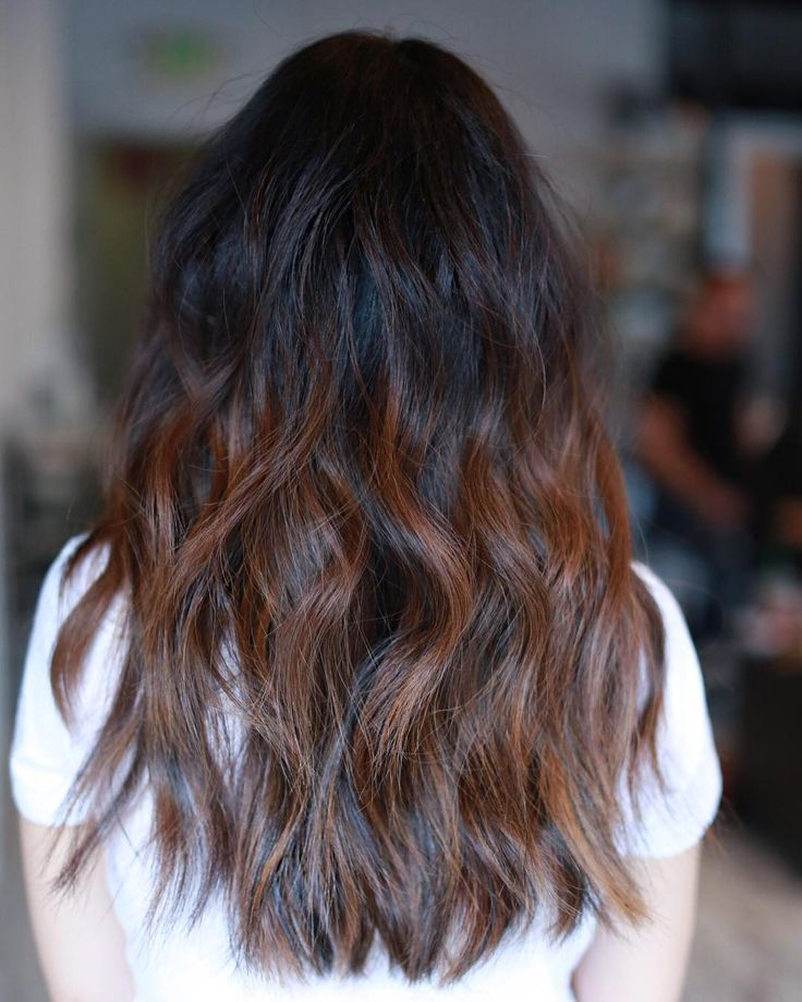 Long wavy hair with layers back