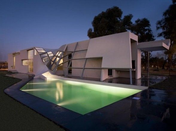 Unique Architecture of Modern House Design in Argentina