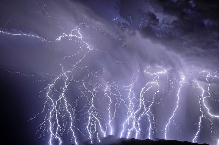 Arriva il ciclone a Grottaglie e Taranto: tre giorni di pioggia e temporali. Probabile grandine - http://www.grottaglieinrete.it/it/arriva-il-ciclone-a-grottaglie-e-taranto-tre-giorni-di-pioggia-e-temporali-probabile-grandine/ -   allerta, ciclone, meteo - #Allerta, #Ciclone, #Meteo