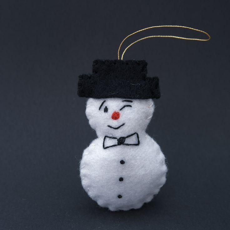 Charming snowman - ornaments, felt ornament, snowman ornaments, felt ornaments, christmas ornaments, ornament decor - by HalloweenOrChristmas on Etsy