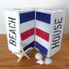 Candle lanterns in New England style. You can choose your own signal flags and your own texts.