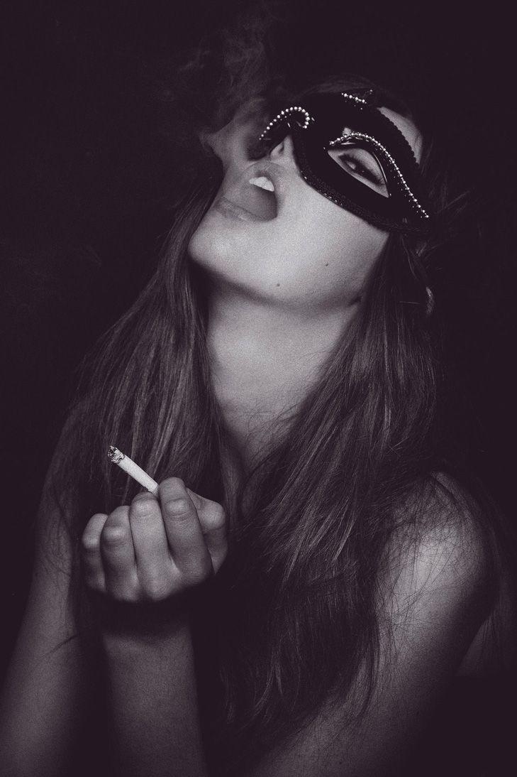 interracial-slutwife-are-girls-who-smoke-sexy