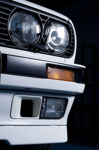BMW E30 325iX Studio Pic: Front