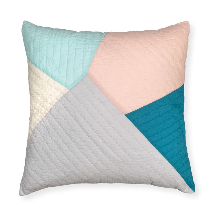 Buy the Elo Block Geo Pillow Sham at Oliver Bonas. Enjoy free UK standard delivery for orders over £50.