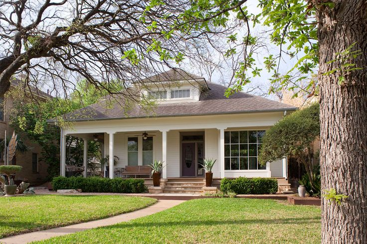 Nothing creates curb appeal faster than a well-designed front path. It's the first impression your house makes to visitors–and to you every time you come h