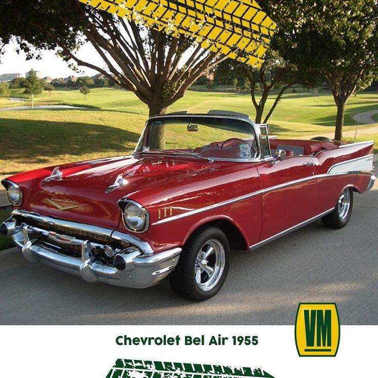"""En 1955 Chvrolet presentó su modelo Bel Air y se convirtió en el auto más vendido. Venía en varias versiones: 2-puertas y sedán 4-puertas camionetas y también convertibles.  _  Tiene un cambio en el diseño así como en la función. La nueva marca de 265 pulgadas cúbicas y motor V-8 fue probablemente la mayor causa de la popularidad que logró el Chevy de 1955 y la elección del """"Turbo-Fire"""" V-8 proporcionó algo de potencia extra para los fanáticos de los automóviles con entre 162 y 180 caballos…"""