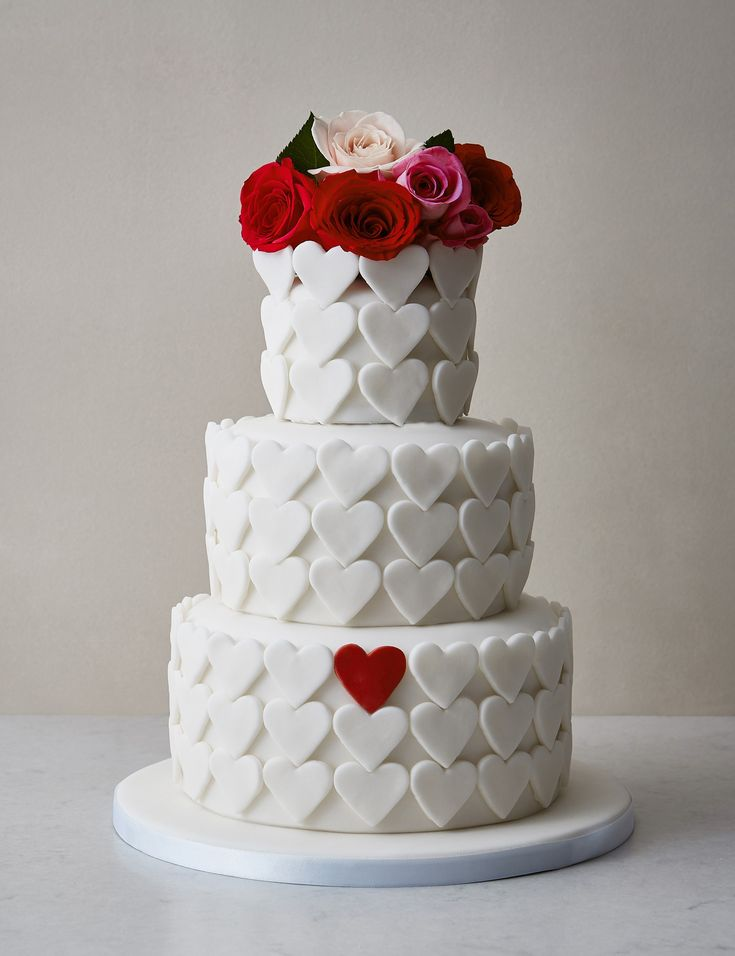 The best quirky wedding cakes  – Decorated cakes & cupcakes