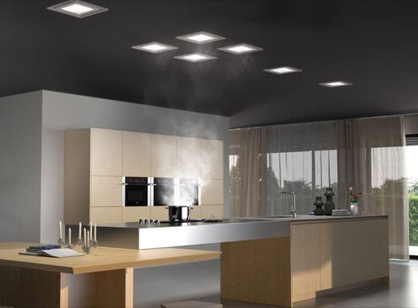 Paradigma: campana extractora empotrada en el techo. La marca Frecan tiene en su catálogo una campana de techo que fue diseñada para pasar completamente desapercibida. Se confunde con un plafón, gracias a su panel LED. Posee un diseño muy simple, es modular, y tiene fácil instalación. Señalamos las características más destacables, y sus dimensiones.  #Cocina, #Máquinasyaparatos, #Vídeos
