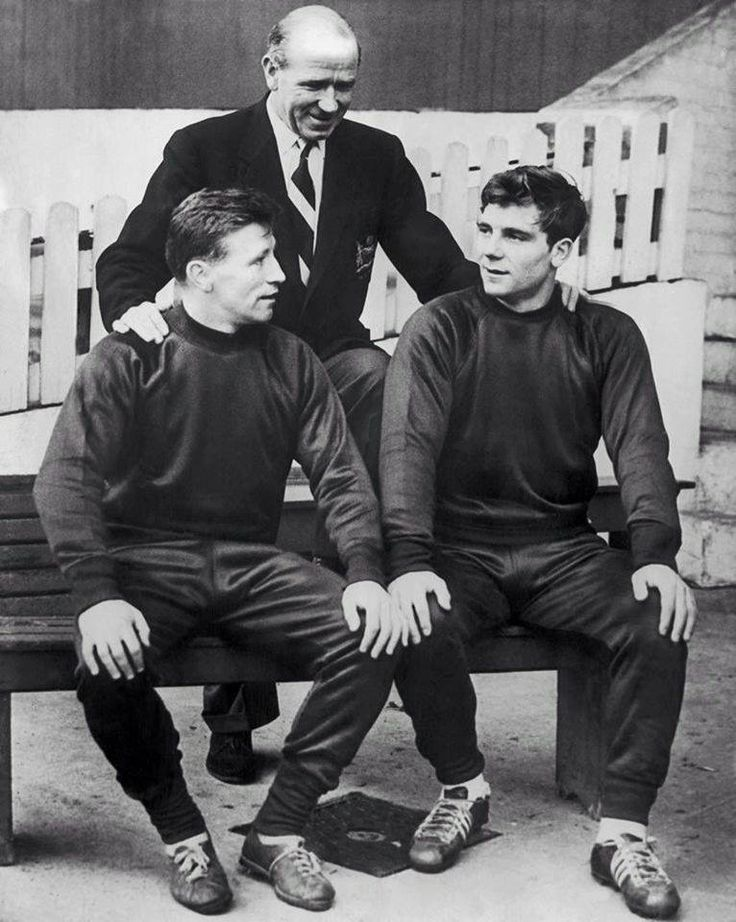 Sir Matt Busby with Roger Byrne and Duncan Edwards.