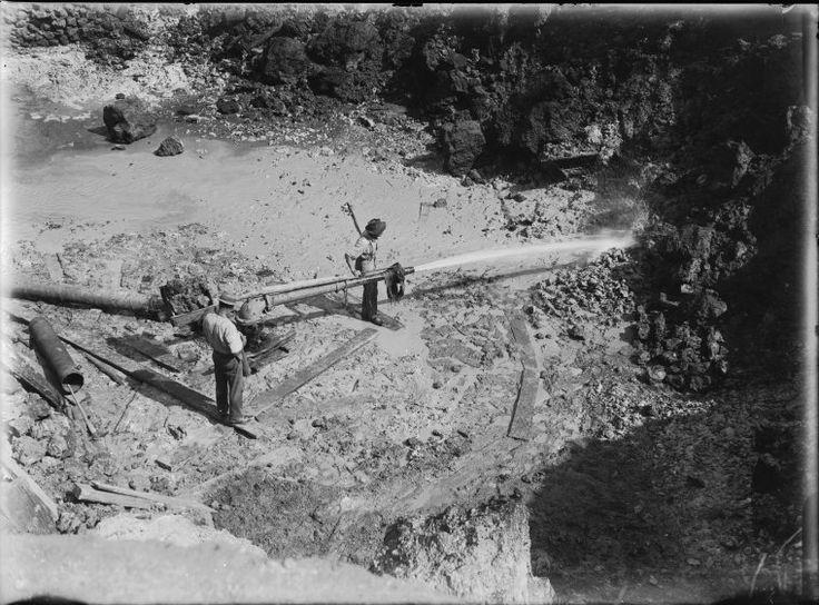 008606PD: Tin sluicing, Greenbushes, 1922 http://encore.slwa.wa.gov.au/iii/encore/record/C__Rb2090927?lang=eng