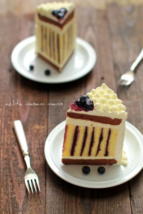 masam manis: CHOCOLATE BLUBERRY ROULADE TORTE