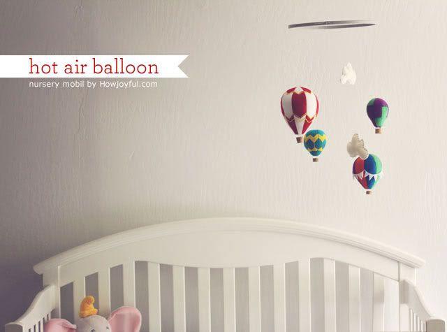 Nursery: Felt hot air ballon mobile – tutorial and pattern by How Joyful