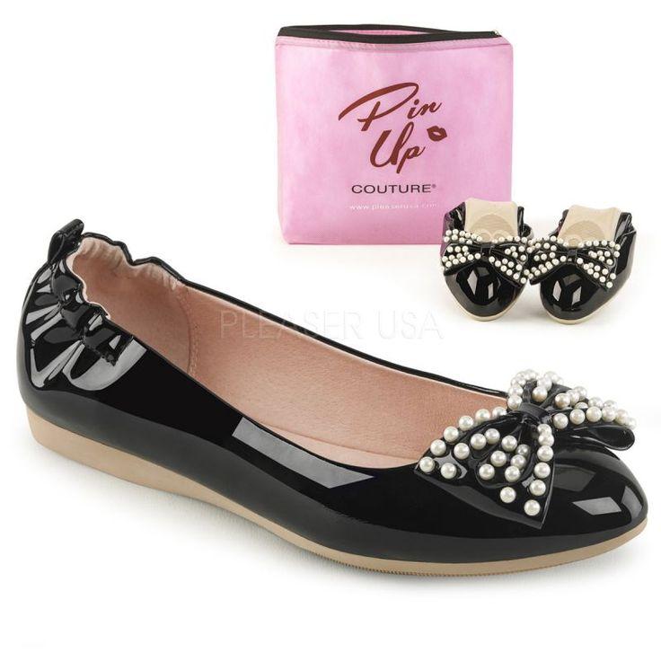 http://www.lenceriamericana.com/calzado-sexy-de-plataforma/39757-zapatos-bajos-bailarinas-linea-pin-up-en-charol-con-lazo-y-perlas.html
