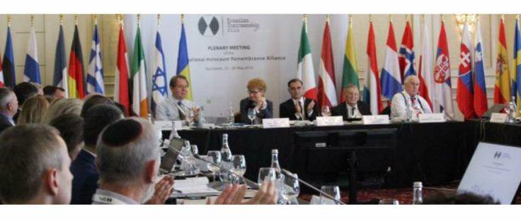 LEA SPEYER Para los activistas de Derechos Humanos la adopción la semana pasada por 31 países de una re definición de trabajo del antisemitismo es un paso importante hacia la lucha contra el fenóme…