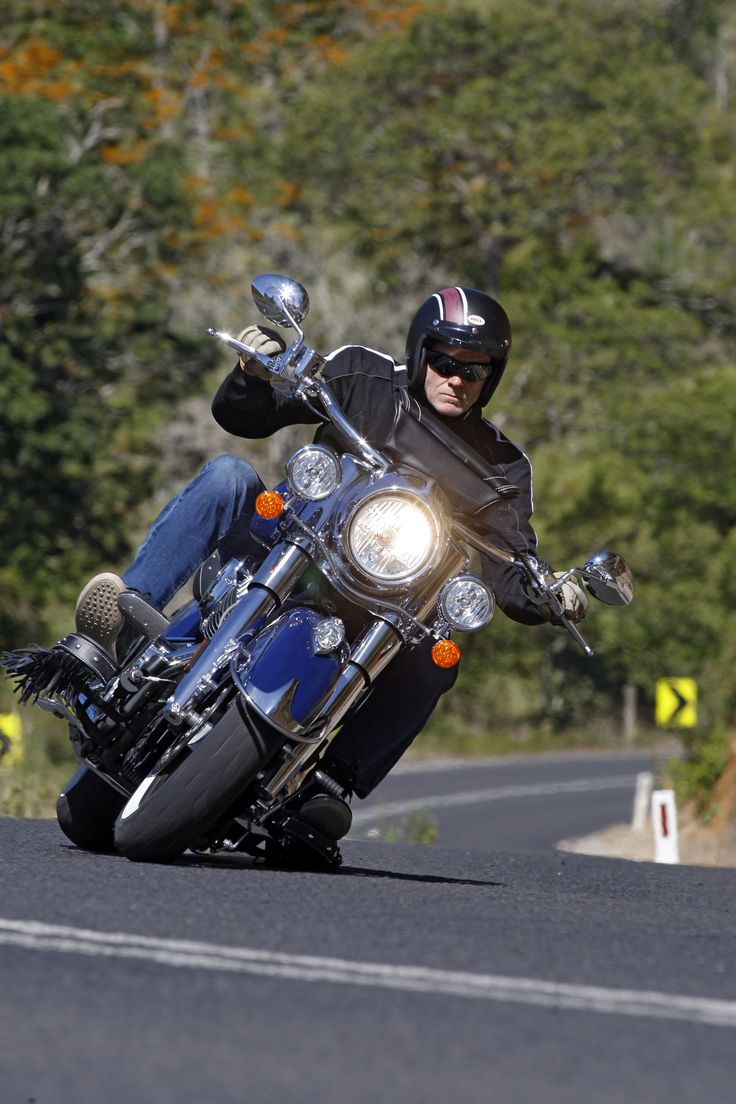 Indian Chief Classic: http://motorbikewriter.com/indian-chief-classic-vintage-review/