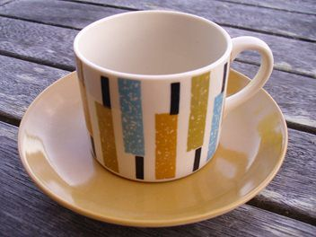 Crown Lynn- Bermuda coffee can Pat.No.870