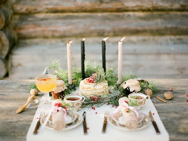 Winter tablescape with Christmas details   Olga Plakitina Photography   see more on: http://burnettsboards.com/2014/12/romantic-russian-winter-engagement-editorial/