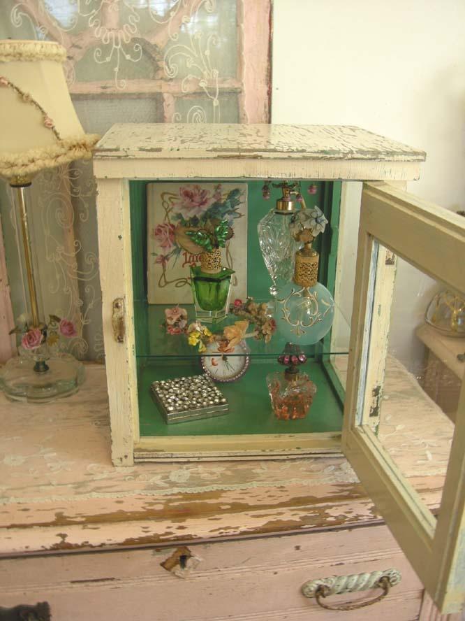 Medical Display Cabinet