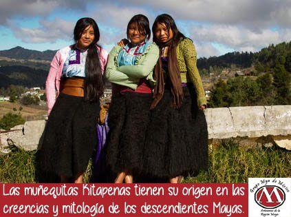 La muñequita representa a las indígenas de la región, a las que se les llama chamulas o chamulitas por pertenecer a la etnia chamula. #grupomya #chamulas #chiapas #etnia #mayas #kitapenas #muñecas #etnico #artesania #mexicanart #mexico