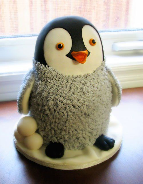 Penguin cake! Someone needs to make this for me or buy one for me!! Lol