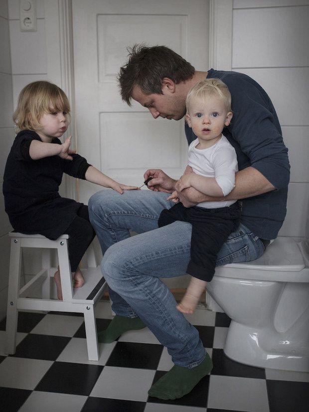 Ensaio mostra a rotina de pais que tiraram um ano de licença paternidade | Catraquinha