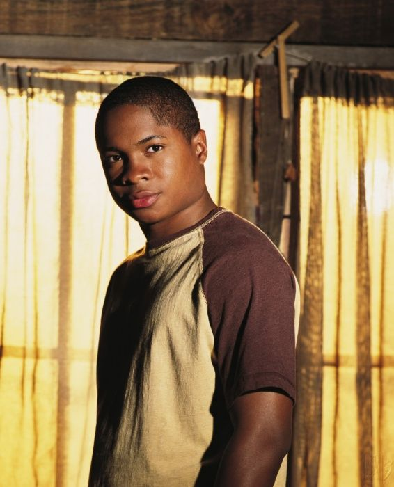 Sam Jones III as Pete Ross in #Smallville - Season 2