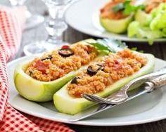 Courgettes farcies au millet, tomate et olive