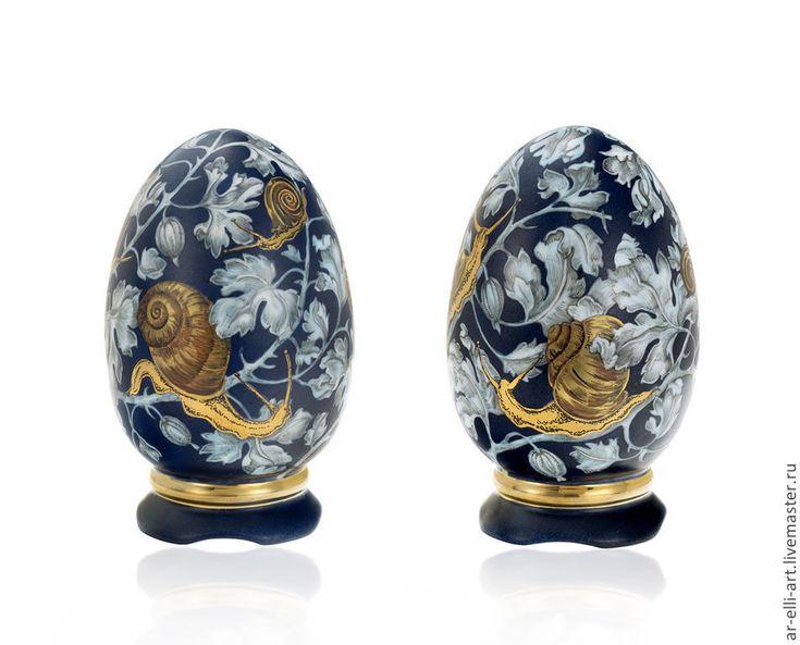 """Купить Яйцо фарфоровое на подставке """"Улитки"""" - фарфор, ручная роспись, эксклюзивная работа"""