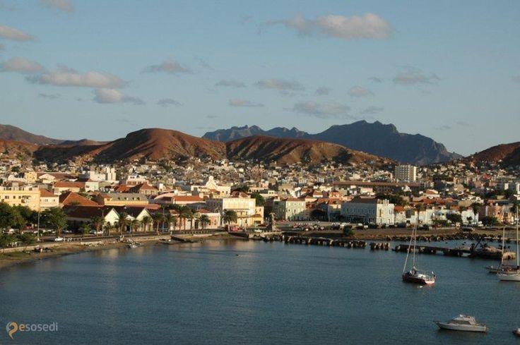 Минделу – #Кабо_Верде (#CV) Один из крупнейших городов Кабо-Верде  ↳ http://ru.esosedi.org/CV/places/1000479905/mindelu/