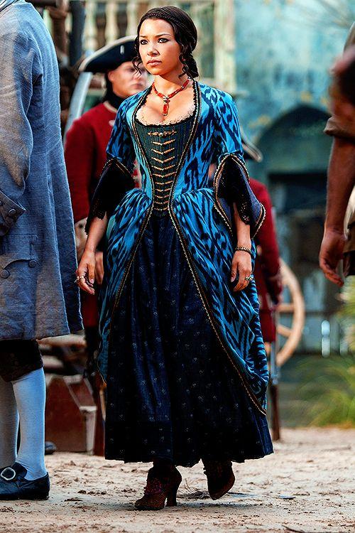 dailynassau:  Jessica Parker Kennedy as Max in Black Sails: XXVII (3.09).