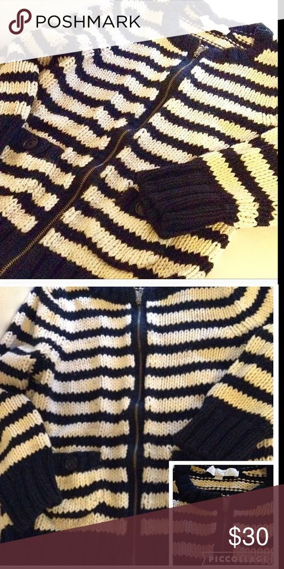 WOMEN's NAUTICAL LOFT Knit ZIP UP JACKET/Sweater LOFT Pretty Nautical pattern Navy Blue Striped, Sweater Jacket. Heavy weight. Zipper closure. Front pockets with accent buttons. Very cozy and warm. Perfect for cooler weather! LOFT Jackets & Coats