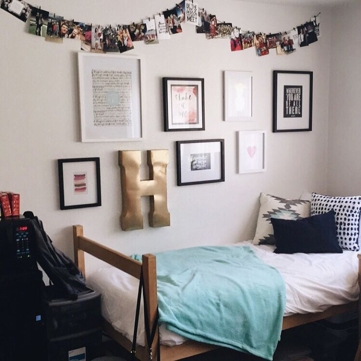 ̗̀ its a beautiful day ̖́  CASTLE  Pinterest  ~ 152346_Dorm Room Ideas Wall