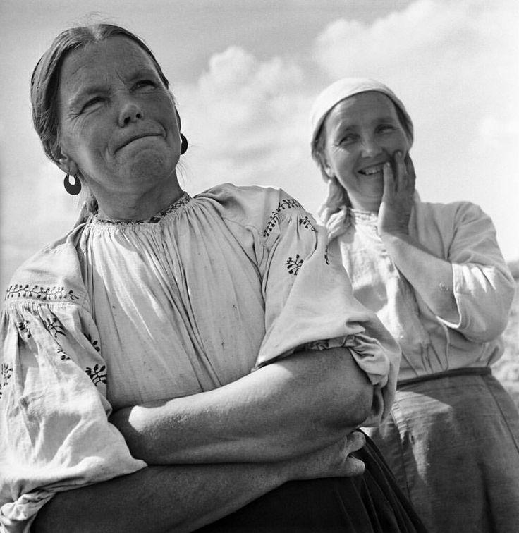Robert Capa. Récolte du blé sur la ferme collective shevchenko, Ukraine, 1947