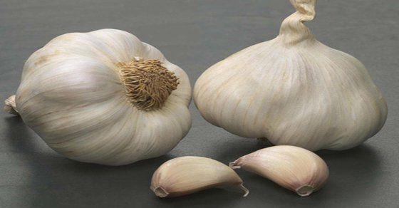 Comment remédier à la seule erreur que la plupart des gens font lors de la cuisson de l'ail - Santé Nutrition