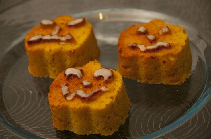 #Halloween sta per arrivare.  Ecco la #ricetta di #oggi. Un #muffin con la #zucca. #cibo #food #cucina #ricetta #InCucinaConDani