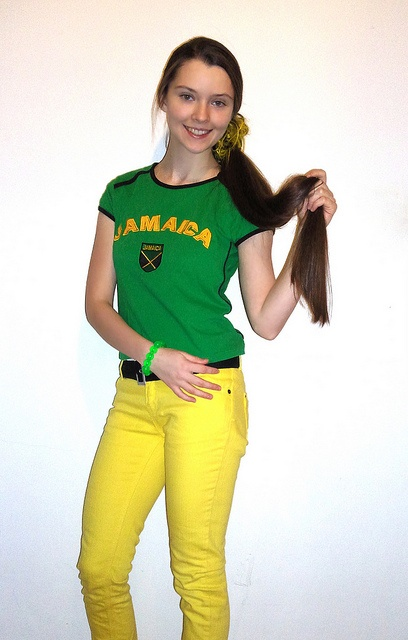 Hot Jamaican colors outfit! Neon yellow jeans :)