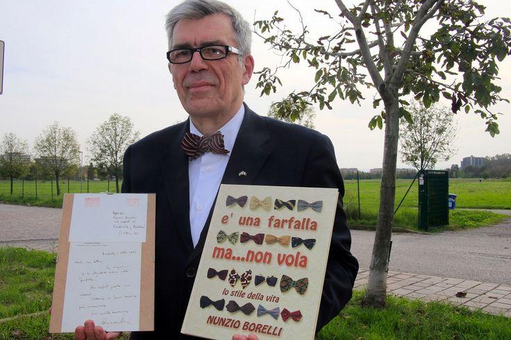 Una foto una storia Borelli, il re del papillon - Foto e video -http://gazzettadimodena.gelocal.it/modena/foto-e-video/2014/11/03/fotogalleria/una-foto-una-storia-borelli-il-re-del-papillon-1.10237730?ref=search#1