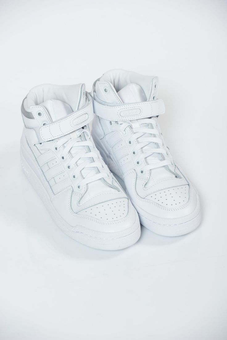 Adidas originals white light sole casual sneakers, upper material: ecological leather, insole material: ecological leather, Originals, with lace, light sole, low heel