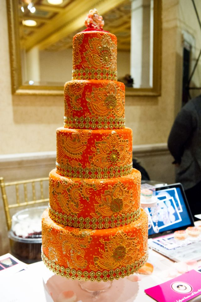 Amazing cake design  | photography by Style Art Life | see more on http://burnettsboards.com/2014/02/event-report-martha-stewarts-wedding-party/
