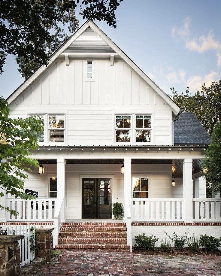 Best 25 White Farmhouse Exterior Ideas On Pinterest Farmhouse Plans Farmhouse House Plans