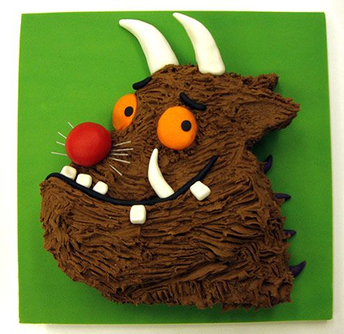 Gruffalo cake - nice Choc cake and icing, will use again. Only need half of icing it suggests IMO.