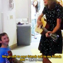 Taylor Swift Performs For A Young Boy With Cancer, Makes His And Everyone Else's Day. I guess I don't can't stand her anymore.