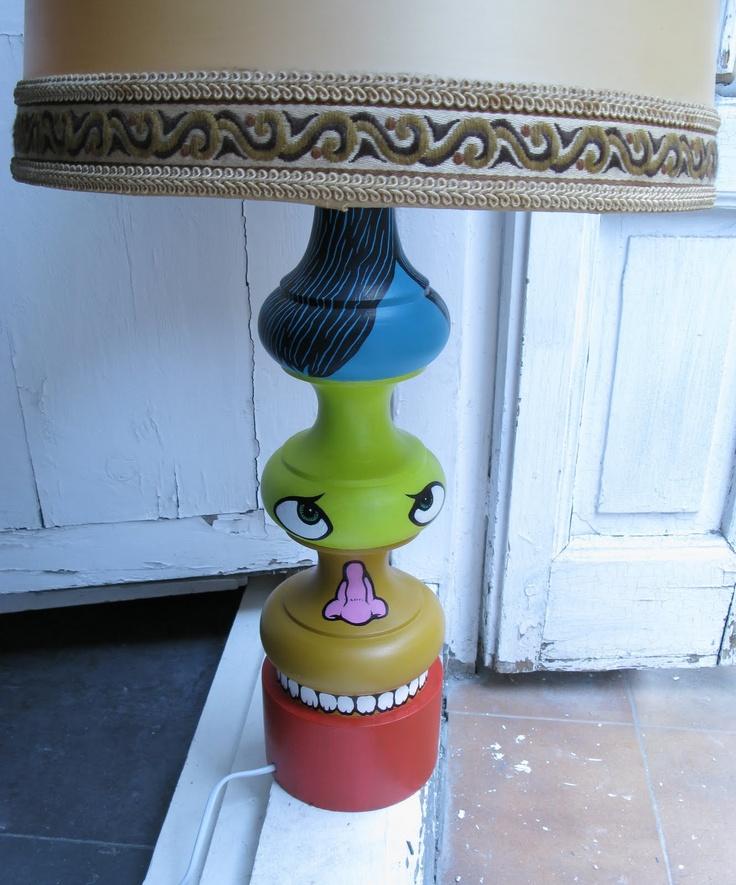 Siamese Lamp