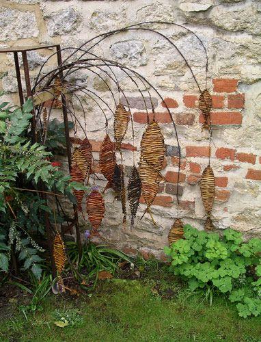 Oxfordshire Basketmakers - Garden Weavings exhibition gallery (www.oxfordshirebasketmakers.com)