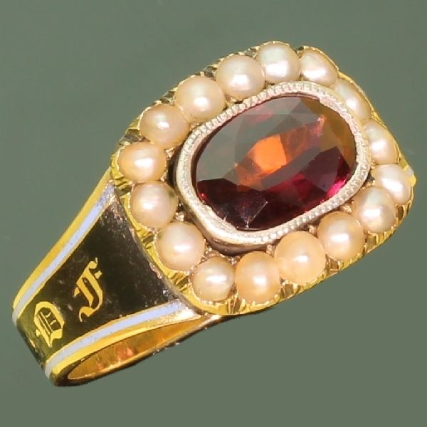 Gold Georgian antique mourning ring in memory of Mary Ann Edmonds 1806-1822, garnet, natural pearls, enamel and 18k gold.