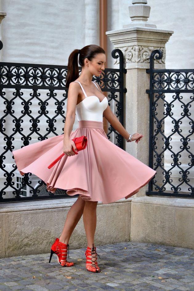 My Silk Fairytale: Soft Tones>>> Body: H&M Trend (ss14) Skirt: fairytalecollection Sandals: Zara Clutch: Zara