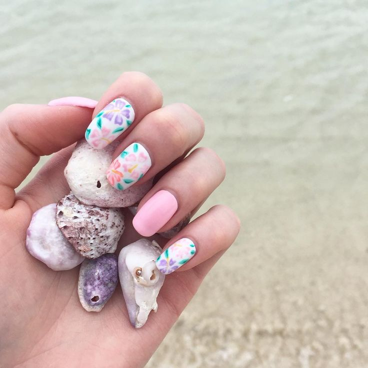 Vacation Nail Art Ideas | POPSUGAR Beauty