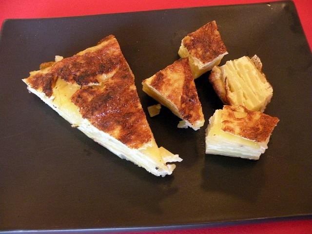 Tortilla spagnola classica by chefpercaso, via Flickr
